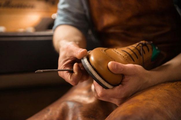 Come pulire le scarpe in pelle o in nabuck